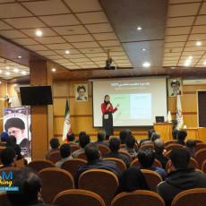 ارئه با موضوع استارتاپ ها / در دانشگاه فردوسی مشهد